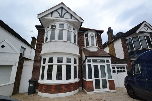 Thumbnail Detached house to rent in Popes Lane, Ealing