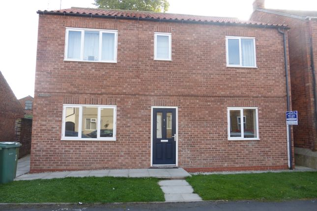 Thumbnail Flat to rent in Westgate, Driffield