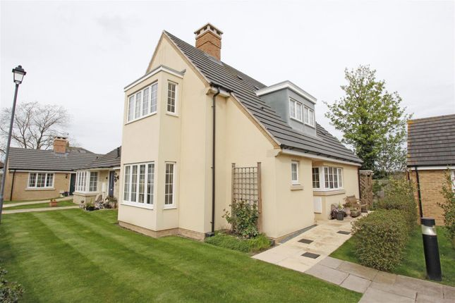 Thumbnail Semi-detached house for sale in The Croft, Bourne