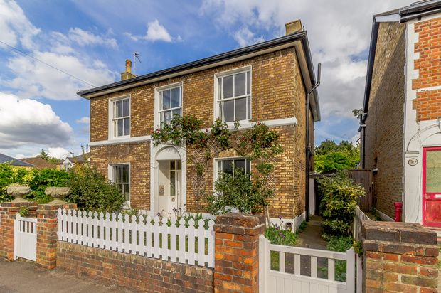 Thumbnail Detached house for sale in Park Road, East Molesey