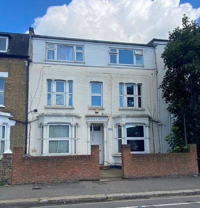 Studio for sale in 278D Hanworth Road, Hounslow, Middlesex TW3