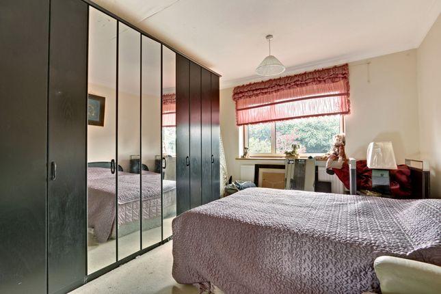 Bedroom Two of High Trees, New Barnet EN4
