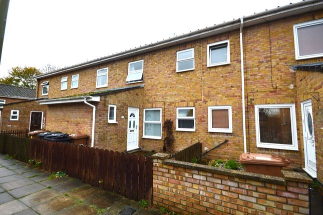 Thumbnail Terraced house to rent in Launcelot Close, Andover