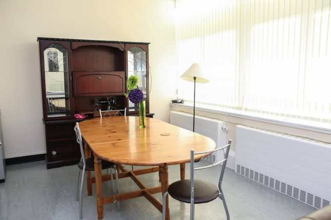 Thumbnail Room to rent in Abbeywood Clinic, Abbeywood