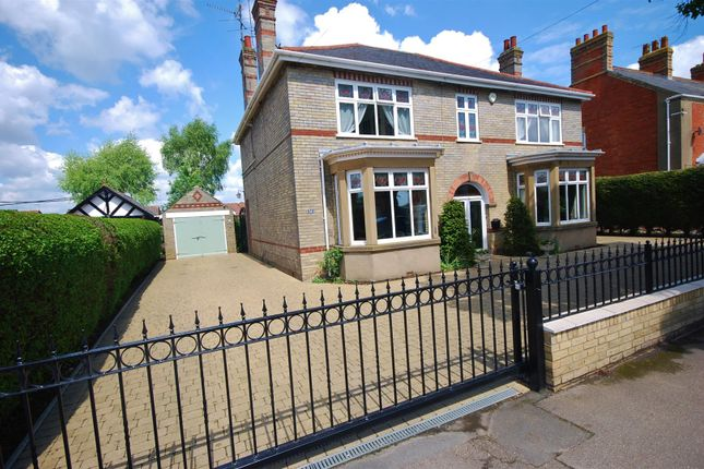 Thumbnail Detached house for sale in Spalding Road, Holbeach, Spalding