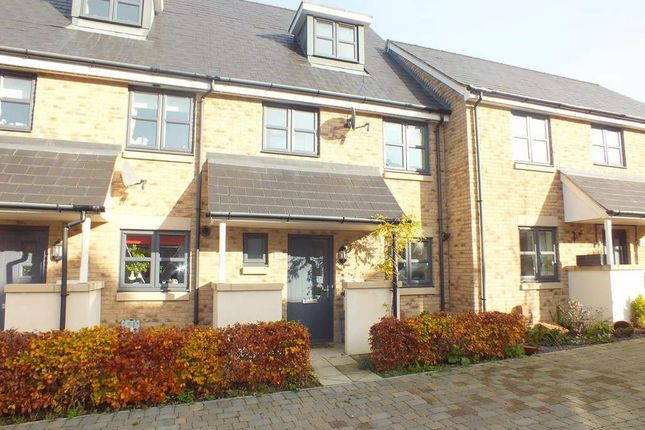 Thumbnail Terraced house to rent in Fox Brook, St. Neots