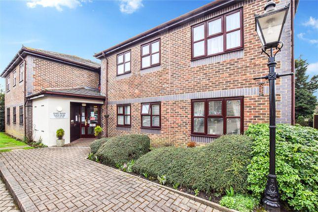 Thumbnail Flat for sale in Kingsley Court, Bexleyheath, Kent