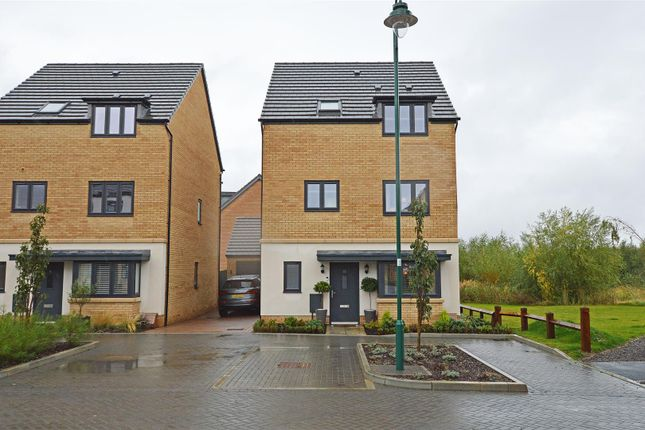 Thumbnail 5 bed detached house for sale in Goldcrest Way, Hampton Vale, Peterborough