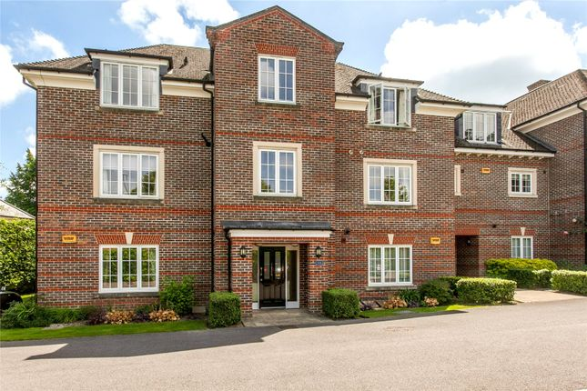 Thumbnail Flat for sale in The Gables, Chilbolton Avenue, Winchester, Hampshire