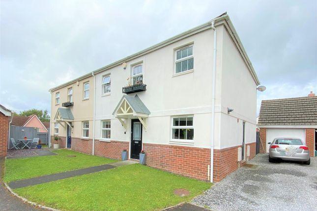 Thumbnail Property for sale in Erwr Brenhinoedd, Llandybie, Ammanford