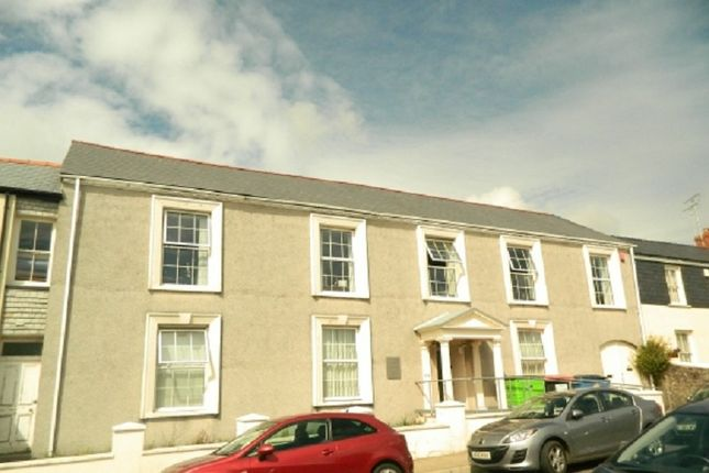 Thumbnail Commercial property to let in Charles Street, Milford Haven, Pembrokeshire.