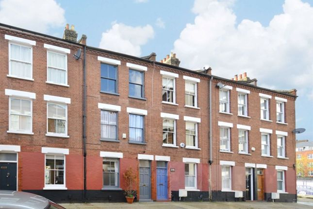 Thumbnail Property for sale in Canrobert Street, London