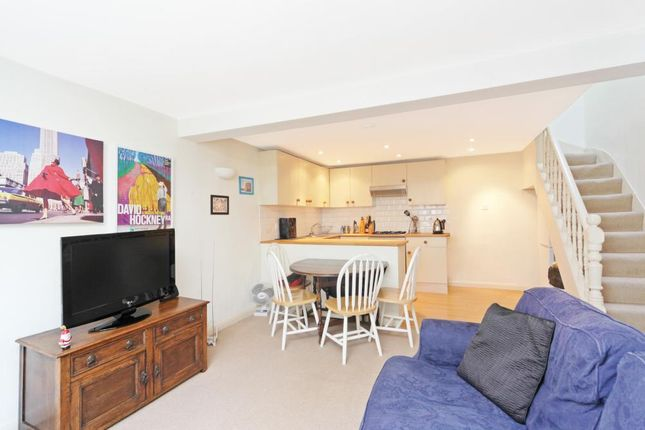 Thumbnail Mews house to rent in Munster Mews, Lillie Road, London