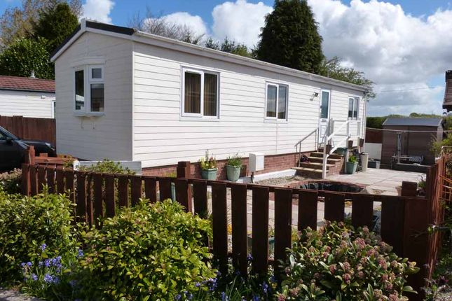 2 bed mobile/park home for sale in Gwel Ryan, Luxulyan PL30
