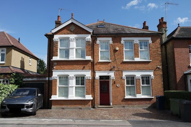 Thumbnail Detached house for sale in Hadley Road, New Barnet, Barnet