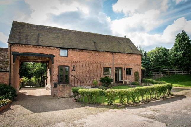 Thumbnail Barn conversion for sale in Shelfield, Alcester