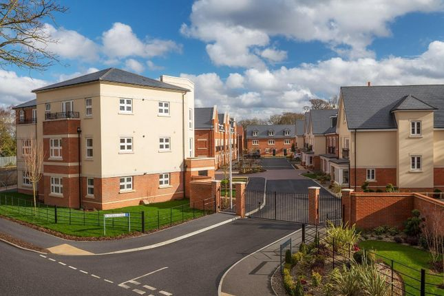 2 bed flat for sale in Joseph Court, Morris Close, Winnersh, Wokingham RG41
