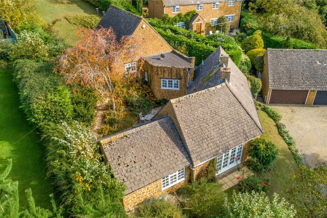 Thumbnail Country house for sale in Millers Lane, Hornton, Near Banbury, Oxfordshire