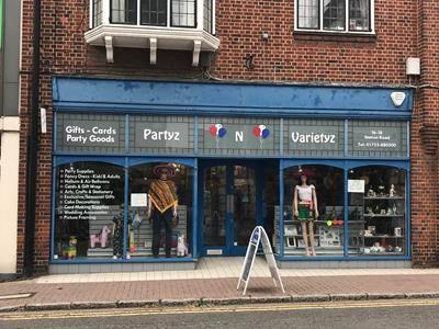 Thumbnail Retail premises to let in 16-18 Station Road, Gerrards Cross, Buckinghamshire