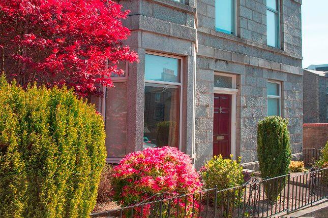 Thumbnail Flat to rent in Grosvenor Place, Rosemount, Aberdeen AB252Re