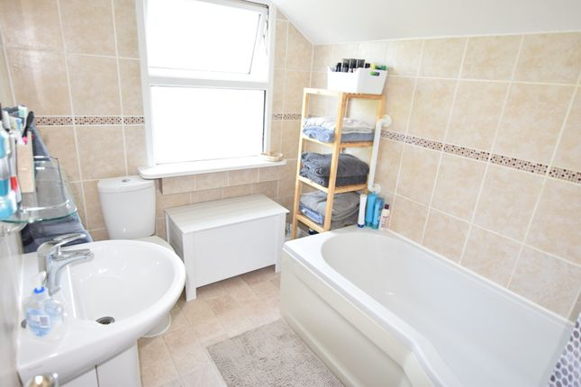 Bathroom of North Road, Pevensey Bay BN24