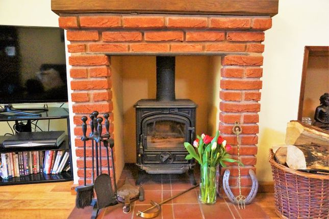 Thumbnail Detached bungalow for sale in The Croft, Church Lench, Evesham