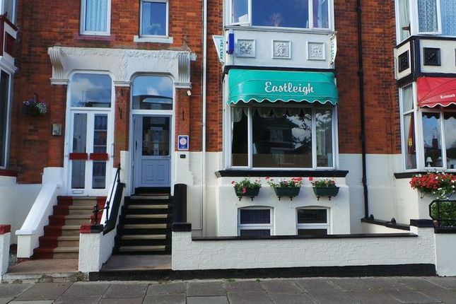 Thumbnail Town house for sale in Scarbrough Avenue, Skegness