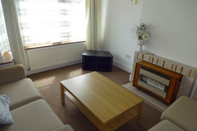 Thumbnail Property to rent in Himley Crescent, Goldthorn Hill, Wolverhampton