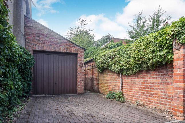 Garage of Marlborough Road, Oxford OX1