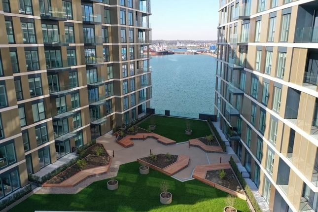 Thumbnail Flat for sale in South House, X1 Chatham Waters, Gillingham