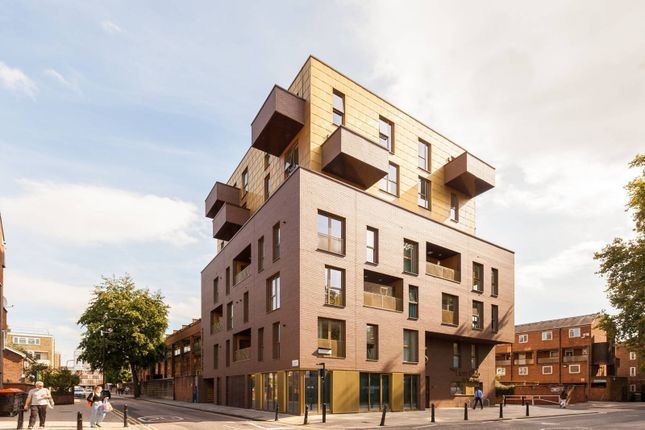 Thumbnail Flat for sale in Crondall Street, Shoreditch, London