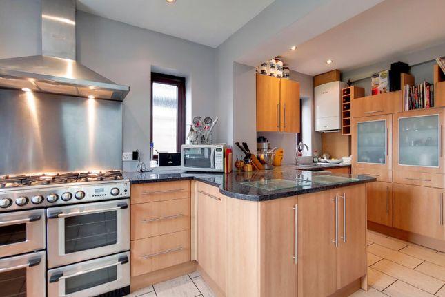 3_Kitchen-Dining Room-0