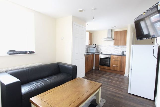 Thumbnail Flat to rent in Marshall Terrace, Durham