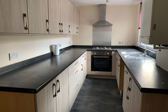 3 bed terraced house to rent in Colbran Street, Burnley BB10