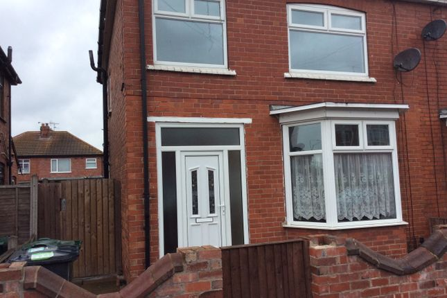 Thumbnail Semi-detached house to rent in St Annes Road, Belle Vue, Doncaster