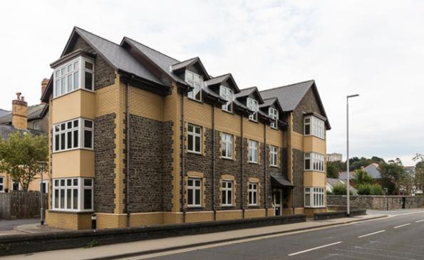 Thumbnail Flat to rent in 2 Yr Hen Aelwyd, Llanbadarn Road, Aberystwyth