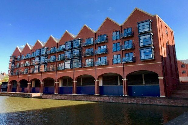 2 bed flat to rent in Handbridge Square, Chester CH1