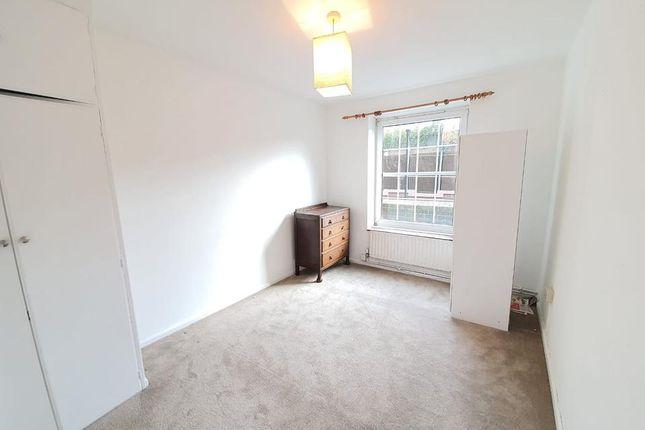 Bedroom of Kennington Oval, London SE11