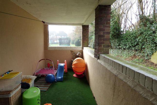 Room 4 of Meadow Court, Anchor Meadow, Farnborough GU14