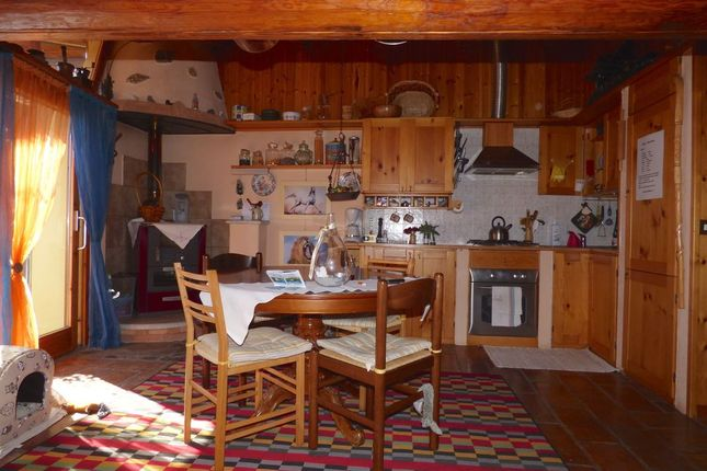 Kitchen of Via Roma N.5, Gravedona Ed Uniti, Como, Lombardy, Italy