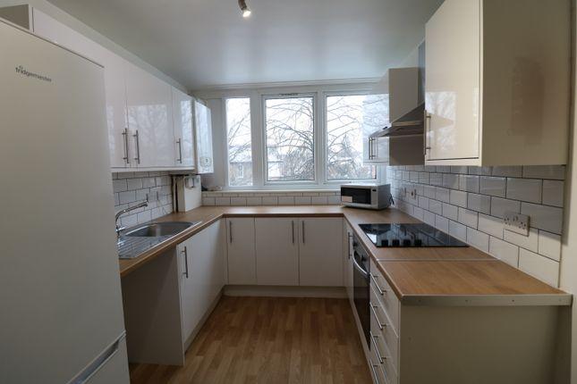 4 bed flat to rent in Hazel Grove, Sydenham SE26