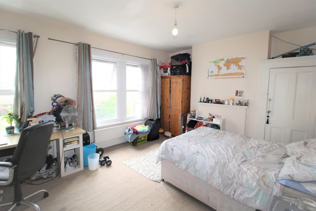 Thumbnail Terraced house to rent in Searles Road, London