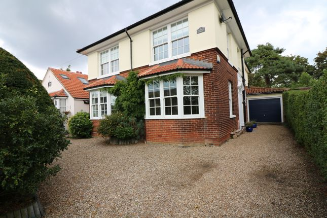 Detached house to rent in St George's Road, Sandwich, Kent