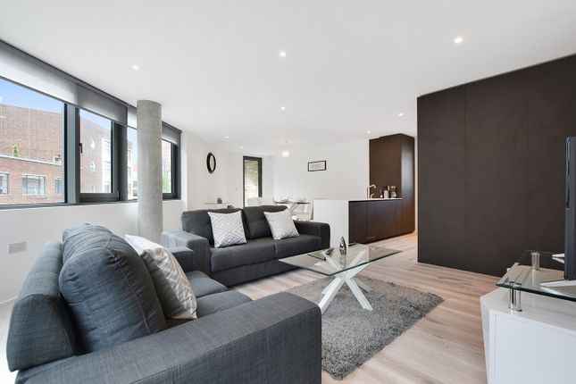Thumbnail Duplex to rent in 99 East Road, London