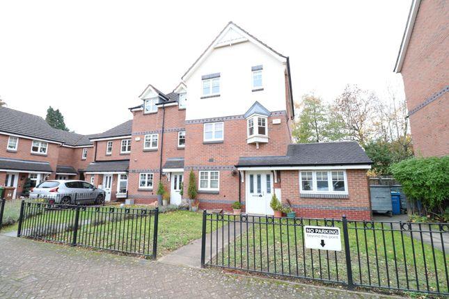 Semi-detached house in  Thorpe Court  Solihull  Birmingham