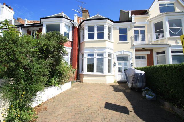 Thumbnail Terraced house to rent in Clifton Drive, Westcliff-On-Sea