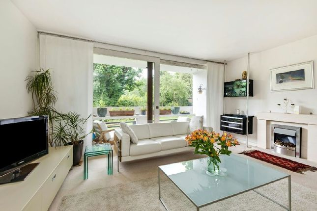 Thumbnail Flat for sale in Southwood Park, Southwood Lawn Road, Highgate