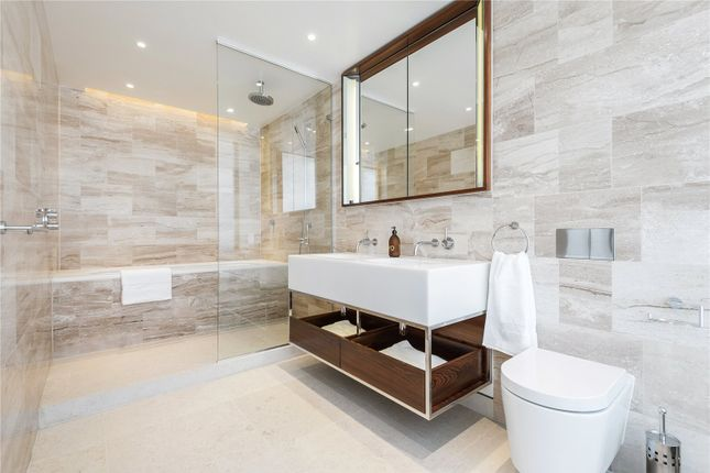 Bathroom of St. Edmunds Terrace, St. John's Wood, London NW8