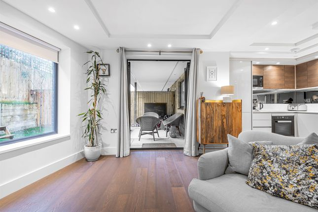 Thumbnail Flat for sale in Connaught Gardens, London
