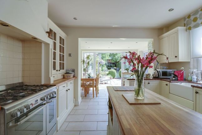 Thumbnail Semi-detached house for sale in Kings Lane, Windlesham